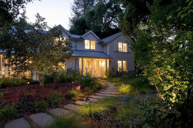 освещение сада - ландшафтный дизайн