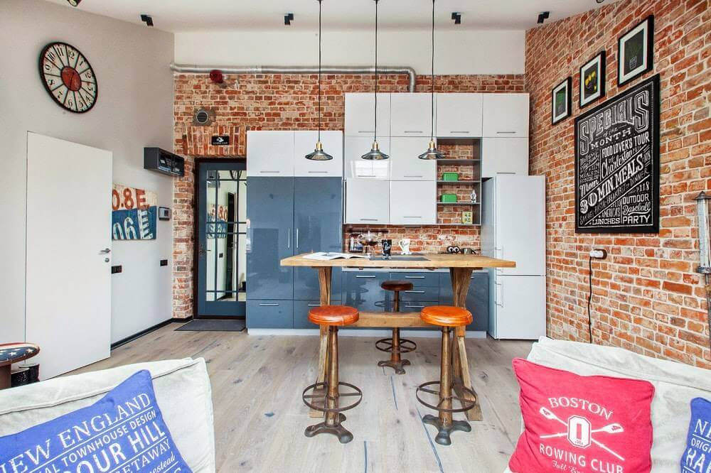стены кухни из кирпича