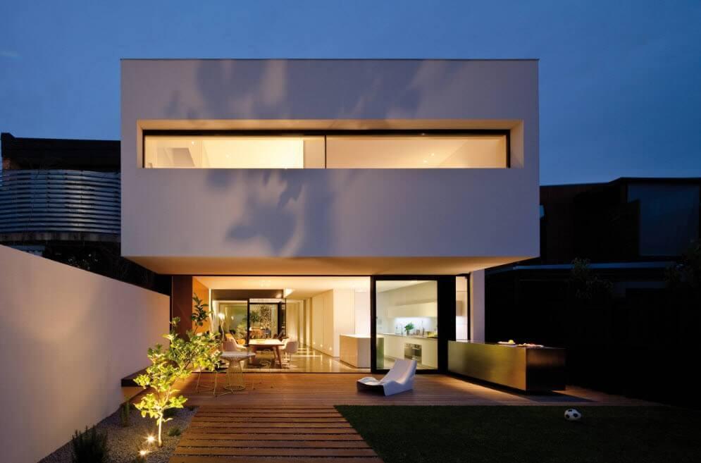 фасад в стиле хай тек