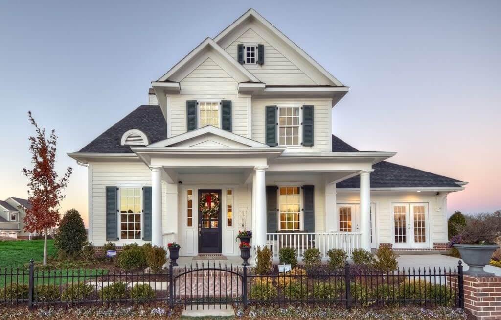 Класичний стиль заміського будинку