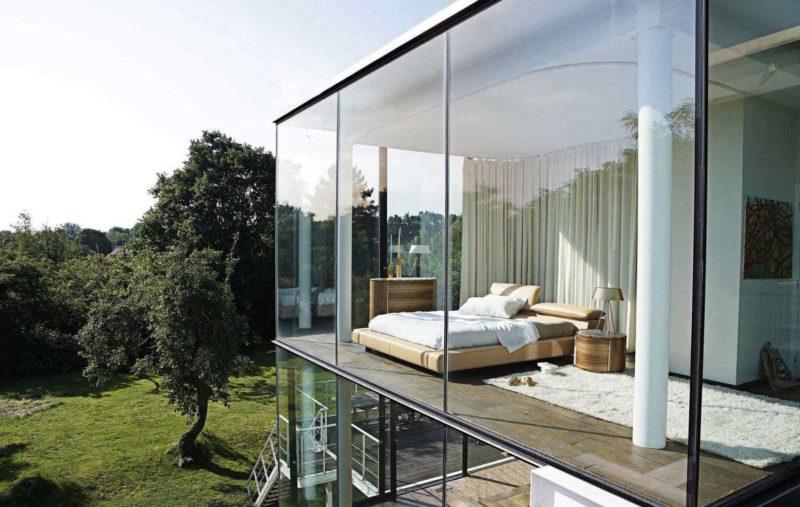 окна загородного дома вид снаружи