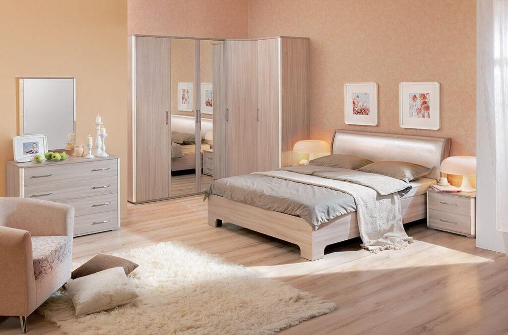 ламинат в спальне - бежевые тона