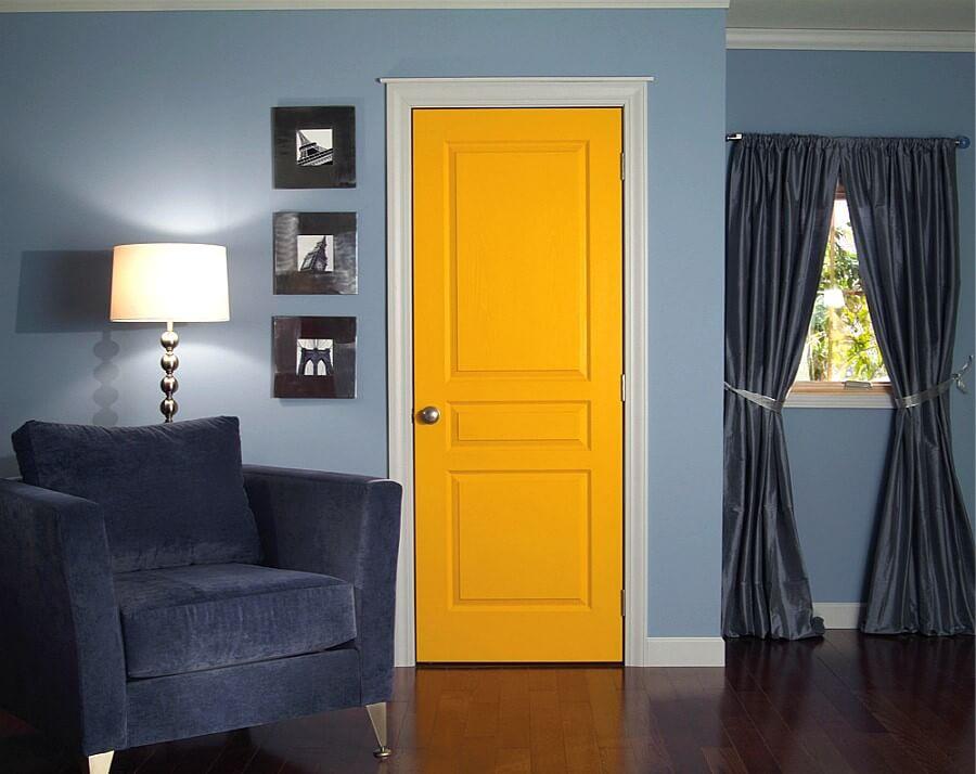 Яркие межкомнатные двери