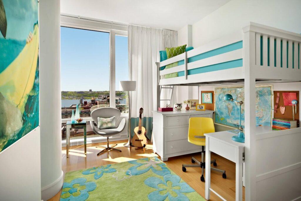 Кровать-чердак в детской комнаты