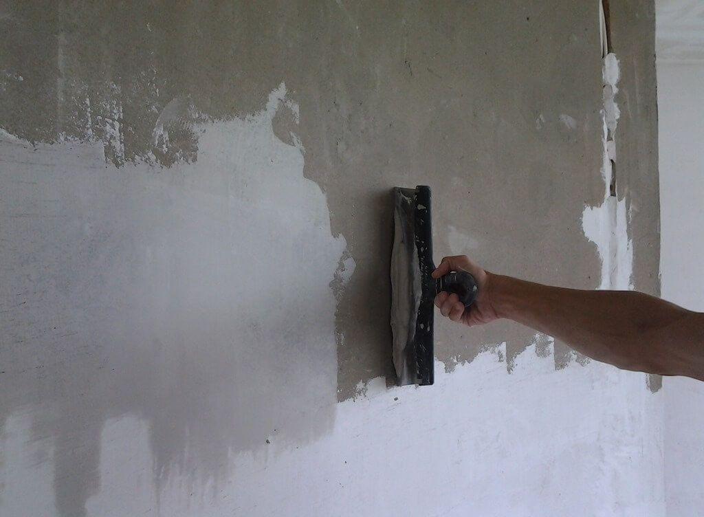 сколько стоит зашпаклевать квадратный метр стены