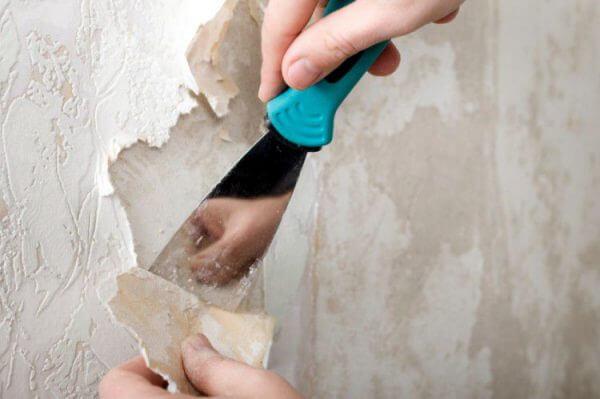 Удаление старых обоев со стены