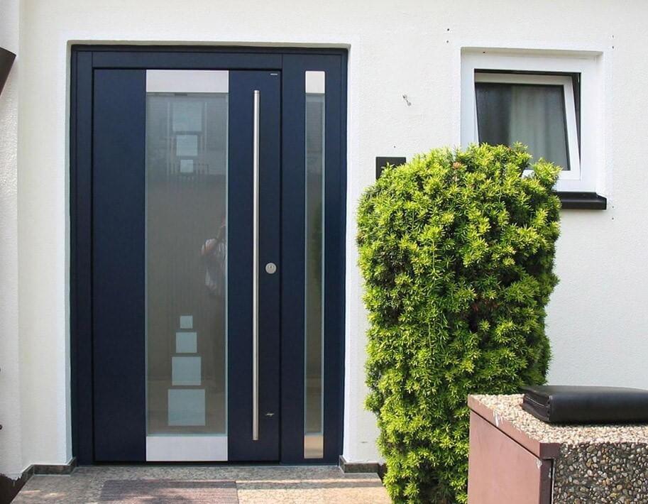 Стильные алюминиевые двери