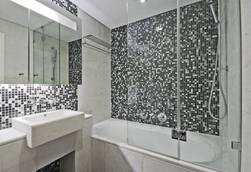 дизайн маленькой ванной плитка мозаика