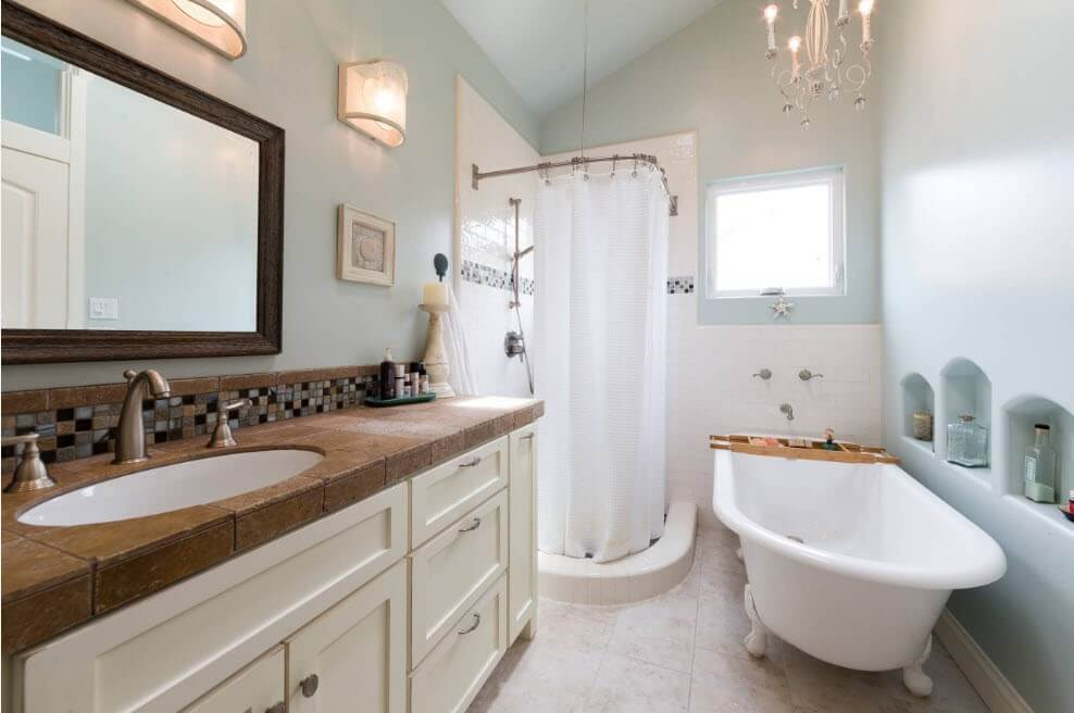 класичний дизайн ванної