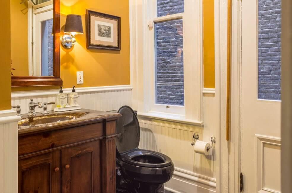 дизайн оригінальної ванній в класичному стилі