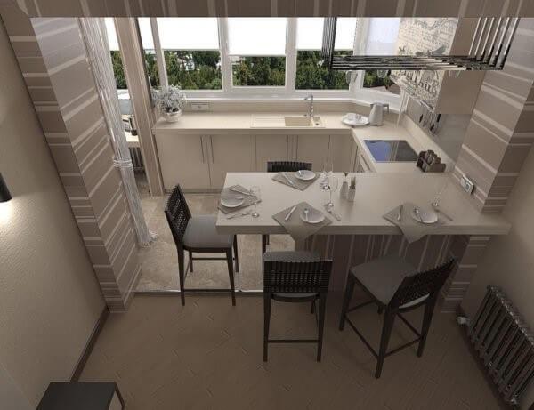 кухня з виходом на балкон