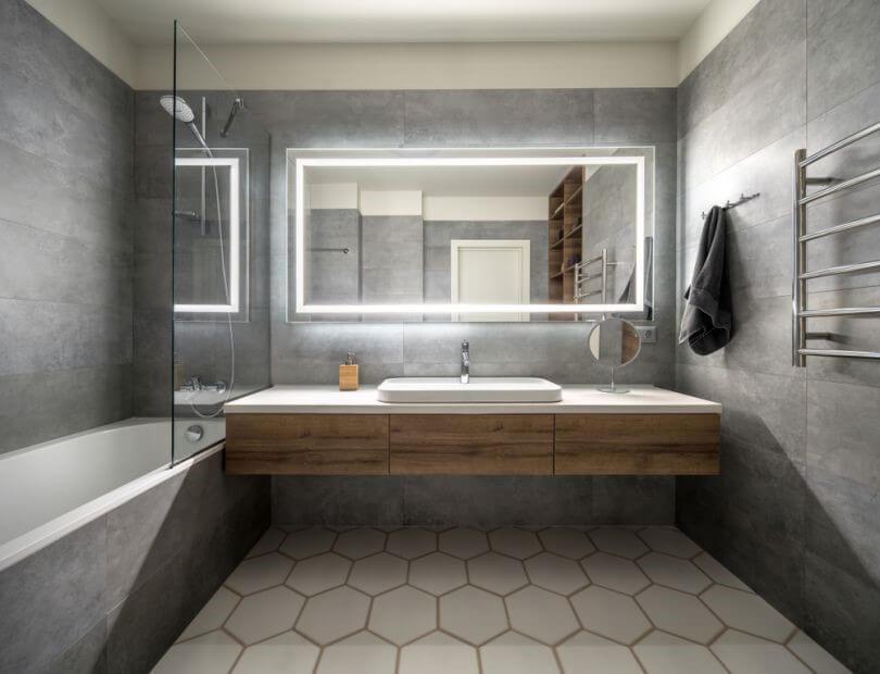 метал листи в обробці стін ванної