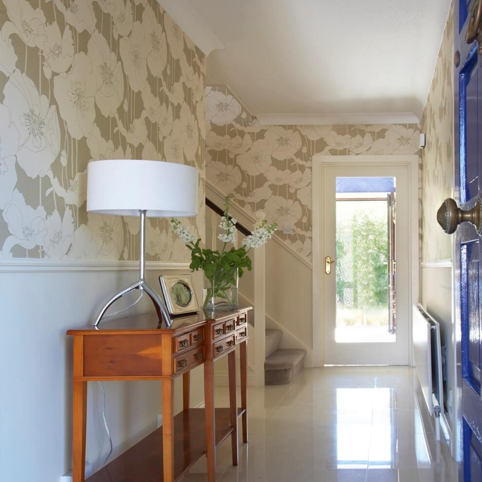 комбінування шпалер в коридорі