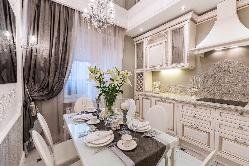 кухня в стилі класик