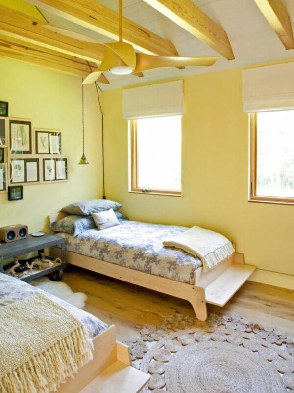 жовта спальня