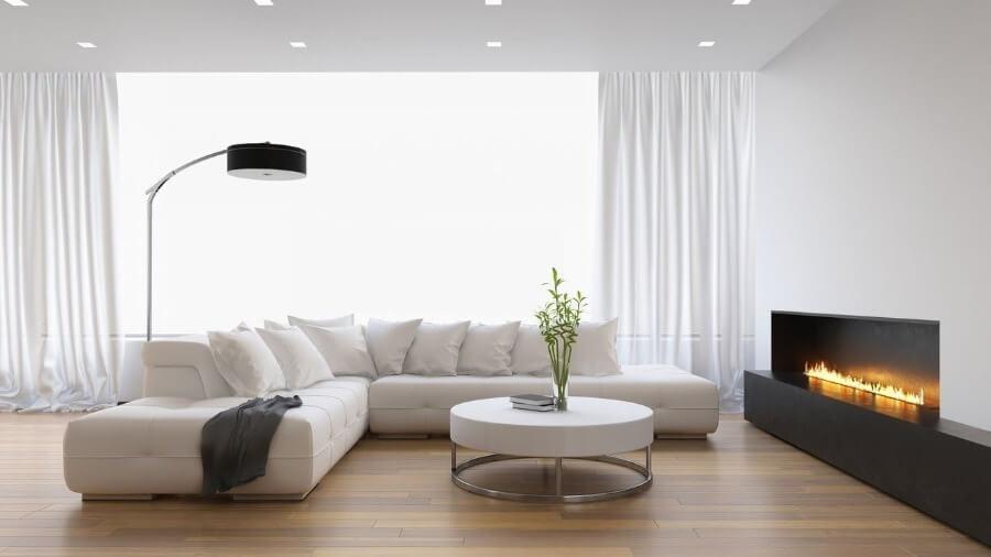 оформление потолка белый