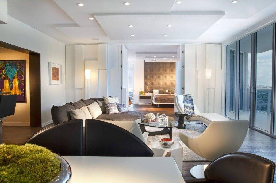 потолок белый цвет дизайн
