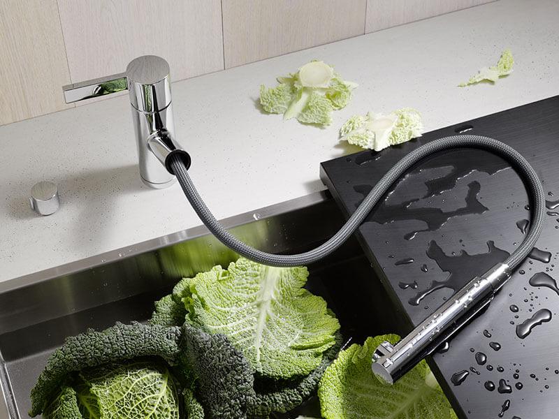 смеситель со шлангом для кухни