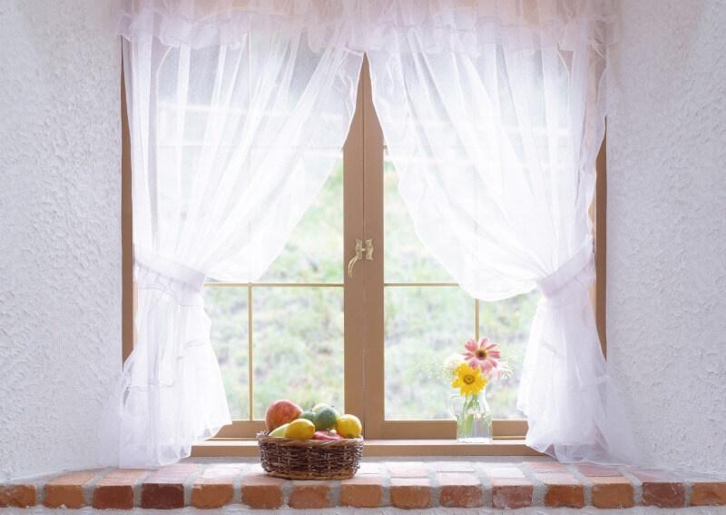 шторы на кухню из натуральных материалов