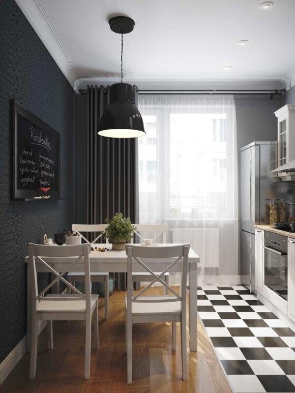 темно-серые шторы на кухне