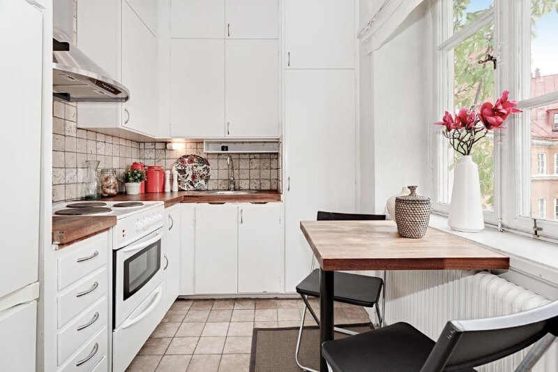 красные акценты скандинавская кухня
