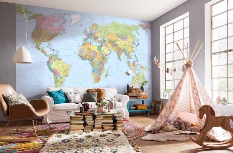 карта мира в интерьере детской мальчика