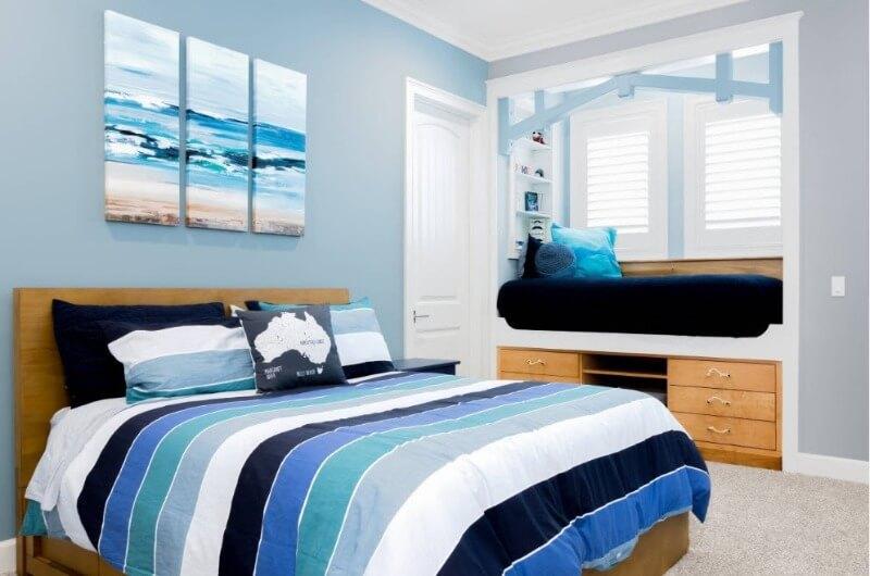 светло-синяя спальня мальчика