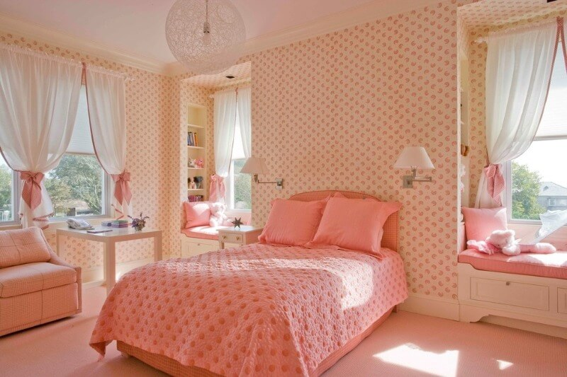 оформлення дитячої кімнати для дівчинки в персиковому кольорі
