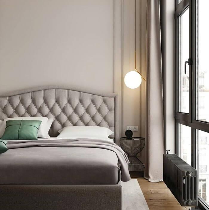 ліжко в спальні