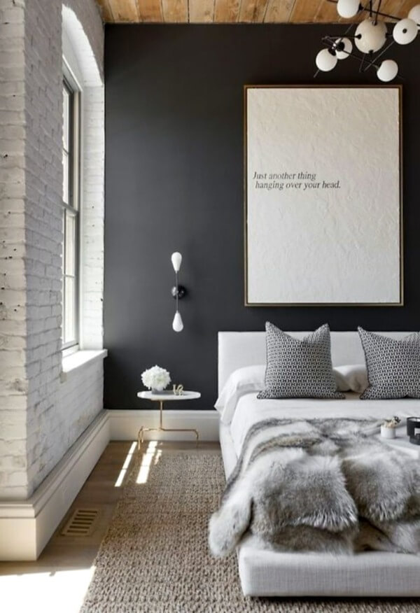 сіра спальня маленька