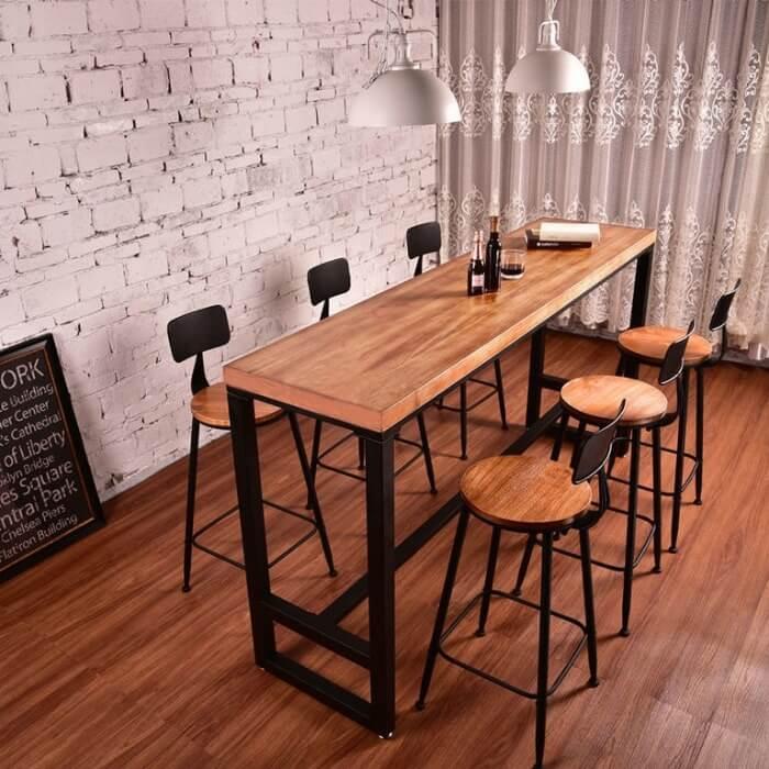 кухня студія з барною стійкою