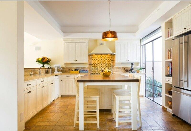 кухня прованс світло