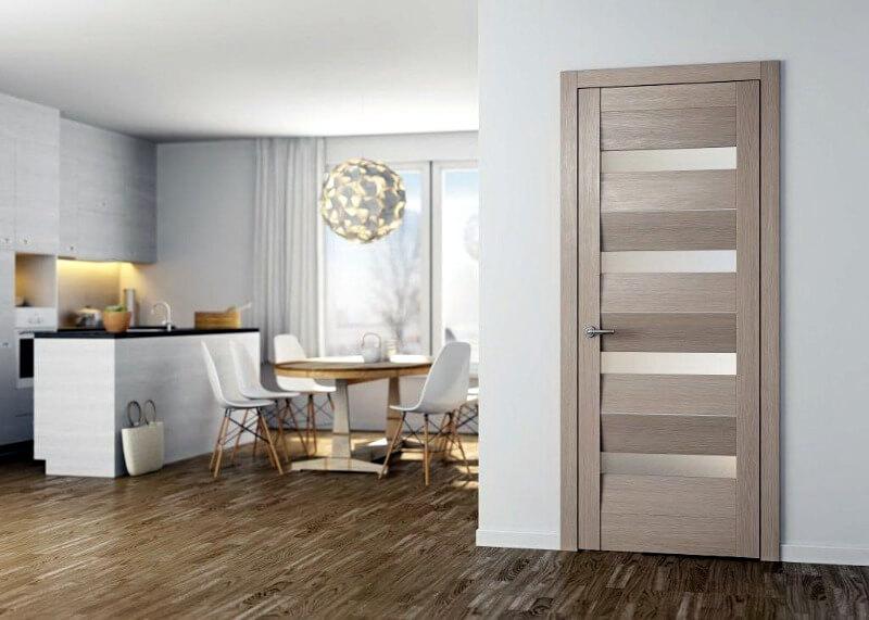 двері в квартирі