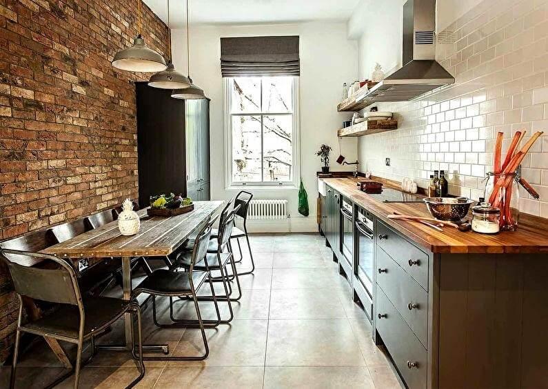 стіл на маленькій кухні лофт