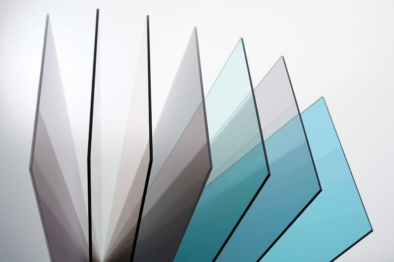 монолитный поликарбонат прямой