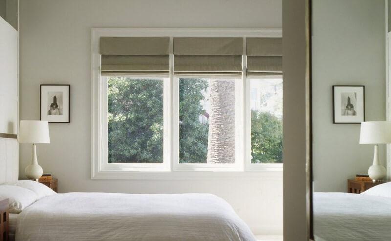 шторы римские в спальне