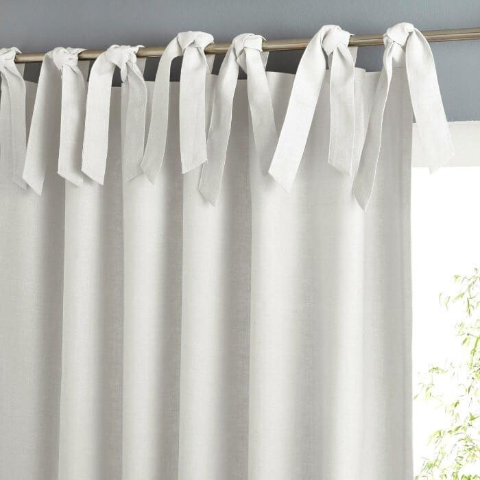 шторы на завязках в спальне