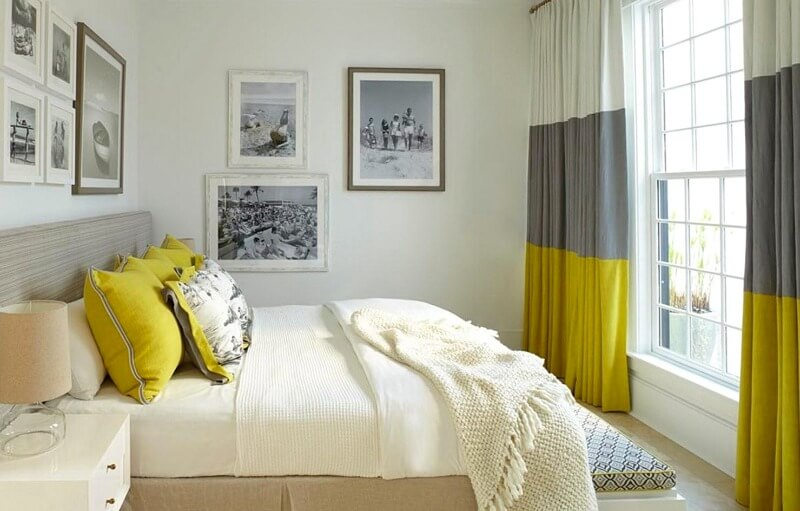 яркие шторы в спальню
