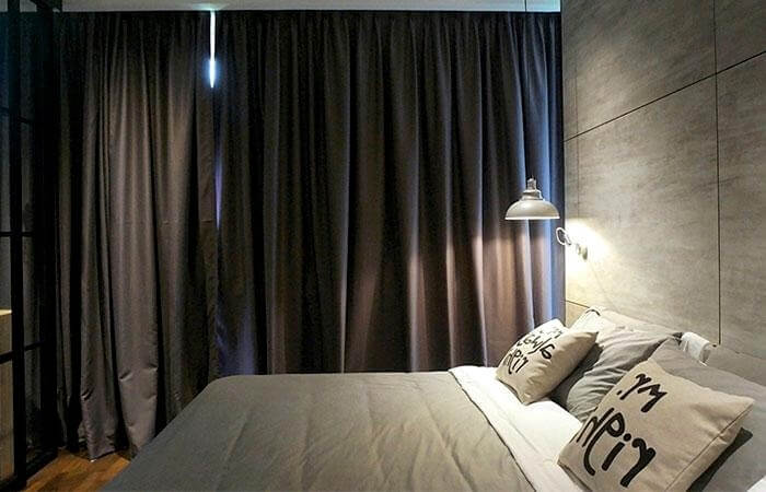 шторы в спальню блэк аут