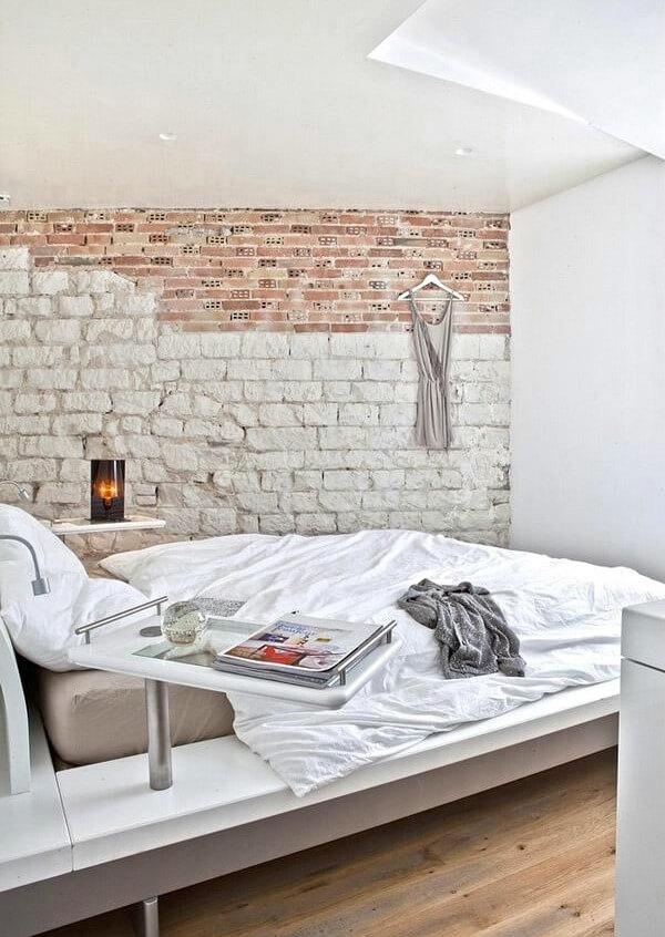 спальня лофт потолок
