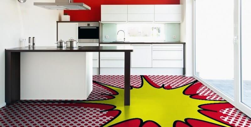 кухня с артом на полу