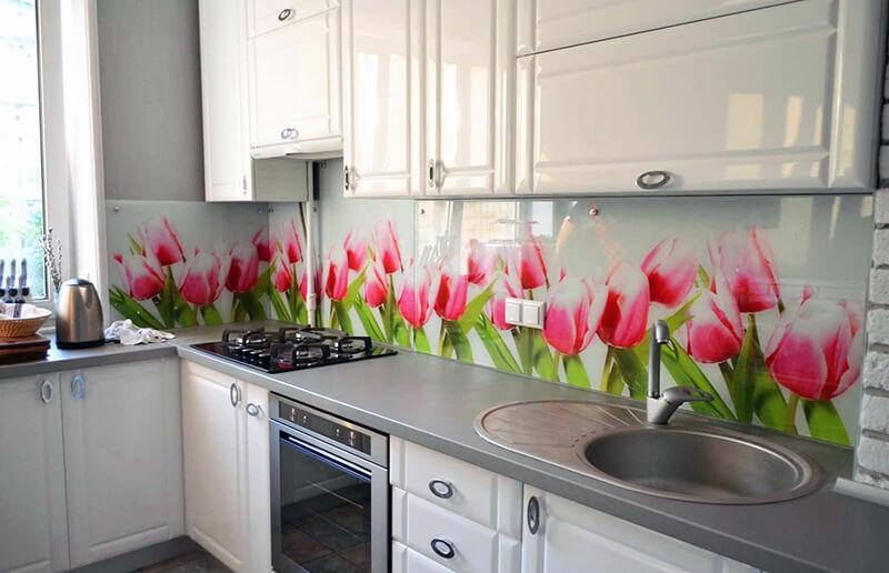 Фартук для кухни с цветами