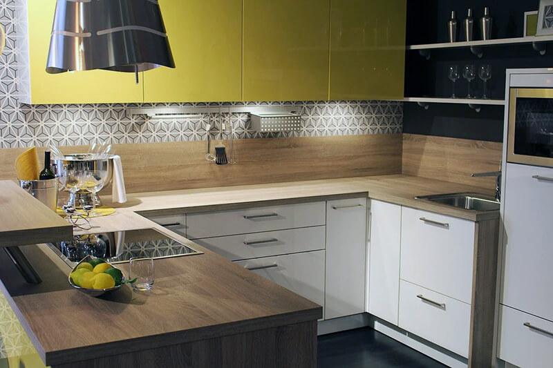 Кухонная панель из ламината