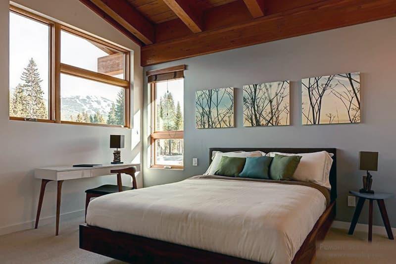 Модульные картины для оформления дизайна спальни