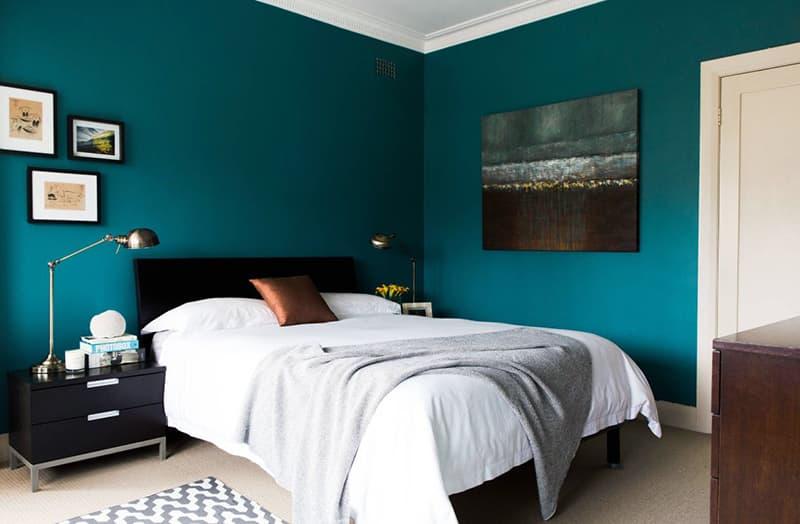 Пастельные оттенки стен в спальне