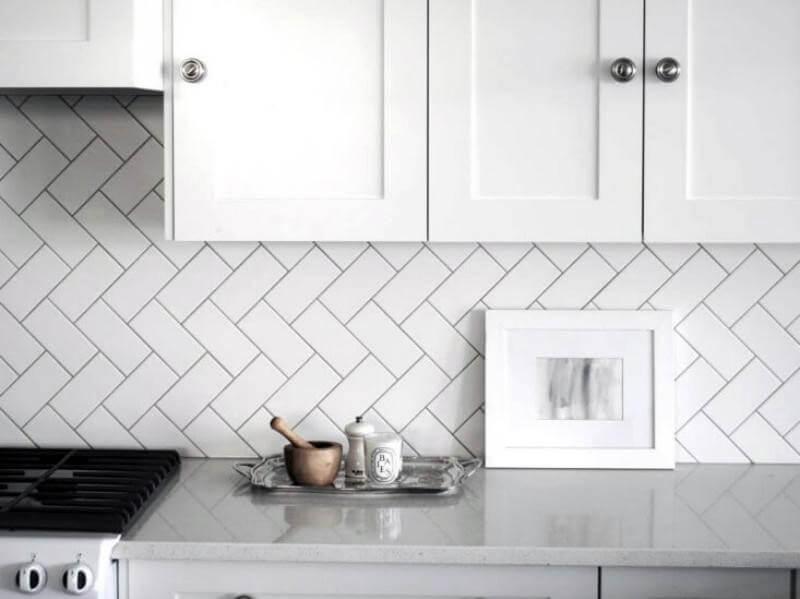 Пример фартука из плитки для кухни