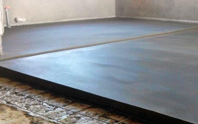 Цементно-піщана стяжка для вирівнювання підлоги