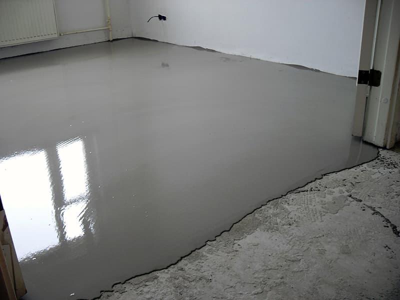 Вирівнювання підлоги з бетону