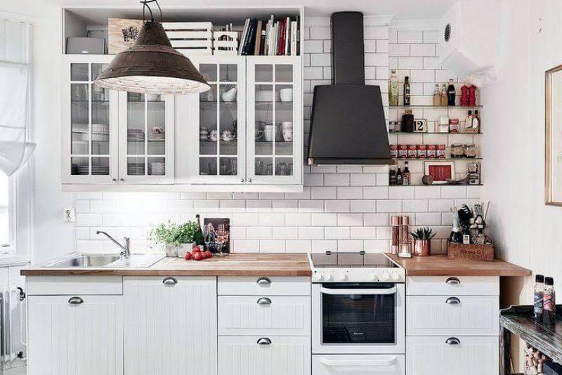 Высотка фартука на кухне