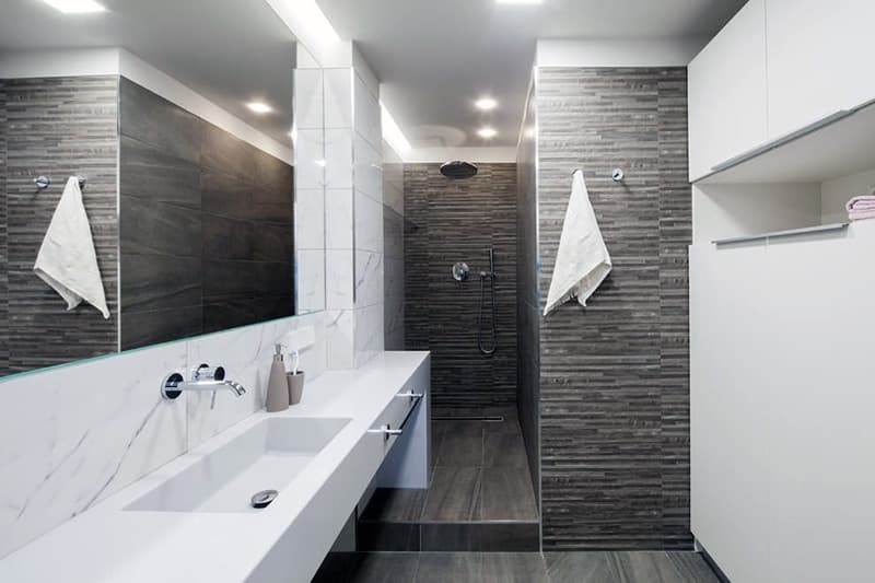 Інтер'єр минималистичной ванної кімнати